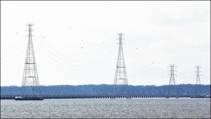 Existing Dominion power lines. Photo credit: Daily Press.